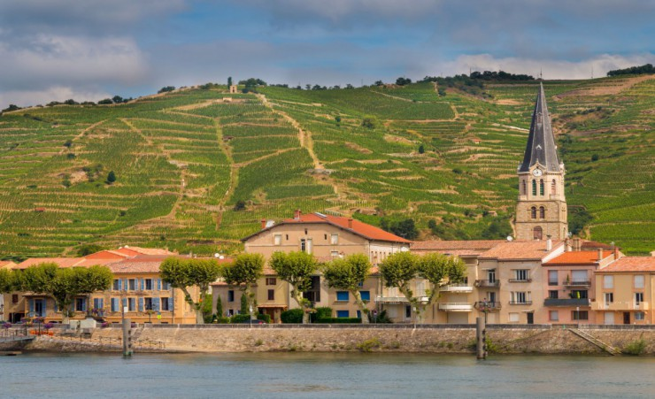 a journey through provence on the rhone river cruises mercury holidays ireland. Black Bedroom Furniture Sets. Home Design Ideas