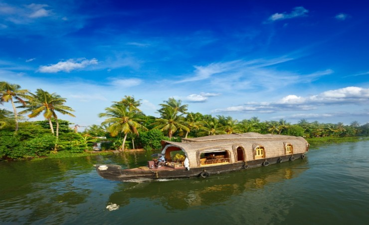 """Traditional Houseboat"""