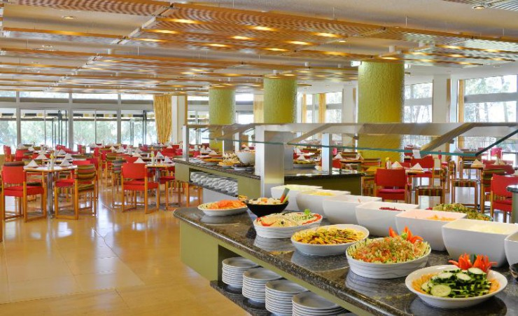 Buffet Dining