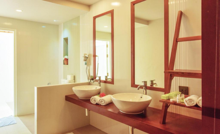 Sunset Beach Villa Bathroom